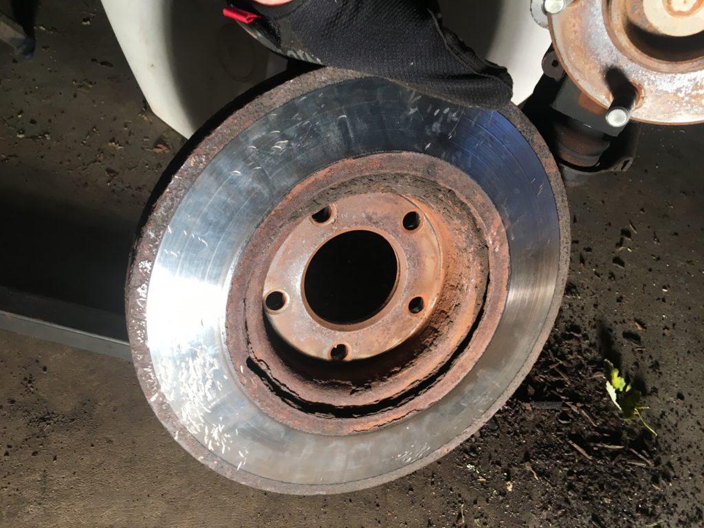 Remove rotor 2004 mazda 3